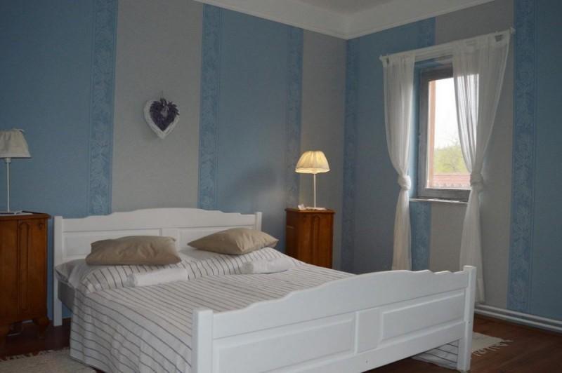 pollushof-panzio-szobak-065